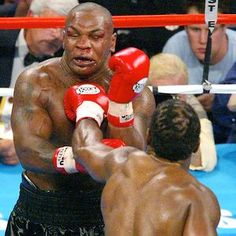 Mike Tyson on the receiving end of one of the deadliest jabs in boxing history - Lennox Lewis!