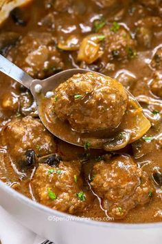 Homemade Salisbury Steak, Salisbury Steak Meatballs, Meatballs And Gravy, Best Meatballs, Salisbury Steak Recipes, Jelly Meatballs, Meatball Recipes, Meat Recipes, Cooking Recipes