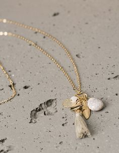 Stones and pompoms long charm necklaces - Accessories - Bershka Bulgaria