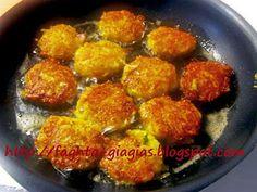 Πατατοκεφτέδες - από «Τα φαγητά της γιαγιάς» Potatoes, Ethnic Recipes, Food, Potato, Essen, Meals, Yemek, Eten