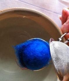 wet felting a ball with a tea strainer Wet Felting Projects, Felt Ball Rug, Decorative Spheres, Felted Wool Crafts, Creative Textiles, Organic Cleaning Products, Textile Jewelry, Felt Hearts, Tea Strainer