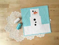 The Little Marshmallow Snowman is so cute! Find the FREE pattern at Connecting Threads!