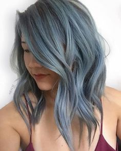 Dark blue hair is the latest hair color trend that is set to be big in Choose from a deep blue-black to luxurious navy blue hair & to metallic steel blue. Baby Blue Hair, Short Blue Hair, Pastel Blue Hair, Light Blue Hair, Ombre Hair Color, Cool Hair Color, Balayage Color, Dark Balayage, Hair Colors