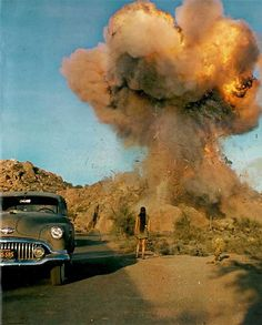 Zabriskie Point // Directed by: Michelangelo Antonioni Cinematography: Alfio Contini Michelangelo Antonioni, Zabriskie Point, Film Catastrophe, Great Films, Arte Pop, Film Stills, Film Director, Our Lady, Pink Floyd