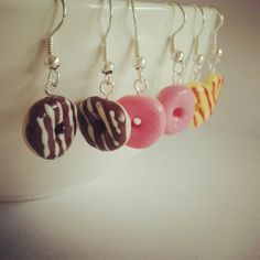 Donut earrings on https://www.etsy.com/shop/ItsybitsyIsy?ref=si_shop  #etsy #donuts #earrings #miniature #handmade #polymerclay