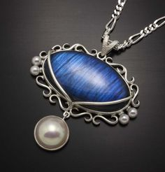 Blue Labradorite and pearl pendant by KAZNESQ on Etsy, (C)Kazuhiko Ichikawa