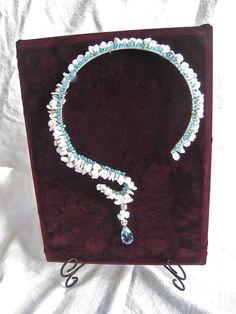 Bridgewater, Conn. jewelry designer's work worn by actress Penelope-Ann Miller. (Register Citizen)