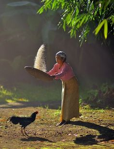 one morning … by alex hanoko Creative Photography, Amazing Photography, People Around The World, Around The Worlds, Village Photography, Cool Photos, Beautiful Pictures, Vietnam Voyage, World Cultures