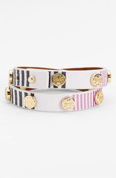 Love this wrap bracelet... Much more original than other ones I have seen!