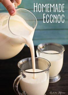 Eggnog Recipes This easy Homemade Eggnog has beautiful texture and color, and you can tweak it so it is just right for how you like it. It really does taste amazing, and is perfect for parties, Santa, Christmas Morning or just enjoying all season long. Christmas Drinks, Holiday Drinks, Christmas Treats, Christmas Baking, Holiday Treats, Holiday Recipes, Santa Christmas, Xmas, Christmas Punch