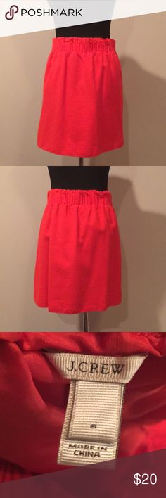 Red wool JCREW sidewalk skirt Size 6, great condition J. Crew Skirts