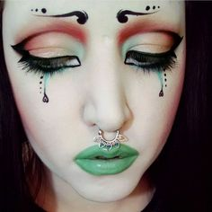 So I've basically spent the last 2 hours binge watching @drac_makens YouTube videos because she's super cute and sooo creative and talented. I wanted to share this look because I ADORE it, and I've tried to recreate it a few times but it just does not work for me and then when it does my shitty ass camera phone won't pick up the pastel colours  Anyways, you guys should check her out on here and on the toooooob for some hella inspiration. And I'm going to go and buy a mint coloured lipstick…