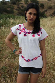 Honduras Hippie Pretty Vintage Ethnic Cross Stitch Top 1070s