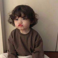 kid child children girl boy baby cute kawaii adorable korean pretty beautiful hot fit japanese asian soft aesthetic 孩 子 g e o r g i a n a : 人 Cute Asian Babies, Korean Babies, Asian Kids, Cute Babies, So Cute Baby, Cute Boys, Cute Baby Pictures, Baby Photos, Beautiful Pictures