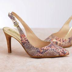 e14748df Catchalot · Zapatos de salón · Salón destalonado para mujer en color  serpiente. Características:con hebilla, tacón 8 cm