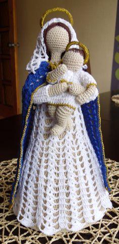María y niño en ganchillo - Mary and child in crochet - Maria z dzieciątkiem, szydełko Knit Christmas Ornaments, Christmas Crochet Patterns, Crochet Ornaments, Holiday Crochet, Crochet Snowflakes, Christmas Knitting, Christmas Ideas, Thread Crochet, Crochet Crafts