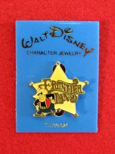 Retired Vintage Walt Disney Frontierland Pete Enamel Sheriff Star Pin