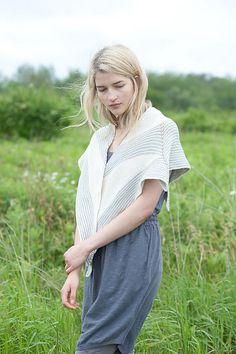 Ravelry: Fulmar pattern by Veera Välimäki #knit #shawl
