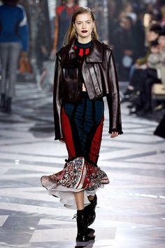 Louis Vuitton Fall 2016 Ready to Wear. Fall Collections, Fall 2016, Autumn Fashion, Paris Fashion, Fashion News, Ready To Wear, Louis Vuitton, My Style, Casual