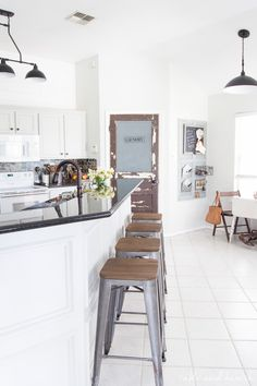 Does your small kitchen make you feel claustrophobic? Is it boring-looking? This is the right time for you to find creative small kitchen remodel ideas. Farmhouse Kitchen Cabinets, Farmhouse Style Kitchen, Kitchen Cabinet Design, Rustic Farmhouse, Rustic Kitchens, Farmhouse Lighting, Dream Kitchens, Updated Kitchen, New Kitchen
