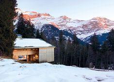 En Suisse, un chalet atypique en haut des cimes
