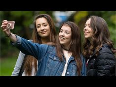 Snap a Selfie to Detect Pancreatic Cancer - WATCH THE VIDEO.    *** app to detect cancer ***   Researchers are developing an app for your phone that could allow people to screen for disease by snapping a selfie.the app BiliScreen uses a smartphone camera, computer vision algorithms, and machine learning tools to detect things such as pancreatic cancer and...