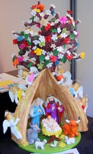Presépio de Estremoz Portugal. Christmas Time Is Here, Xmas, Christmas Nativity, Christmas Ornaments, Paper Mache Animals, Holy Night, Origami, Diy And Crafts, Hello Kitty
