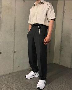 Retro Outfits, Trendy Outfits, Cool Outfits, Fashion Outfits, Aesthetic Fashion, Aesthetic Clothes, Look Fashion, Korean Fashion Men, Ulzzang Fashion