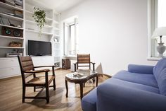 New Alba apartment in Rome, with 2 bedrooms, now available for bookings on our website:  http://www.romecityapartments.com/apartments/Alba_det_538.htm