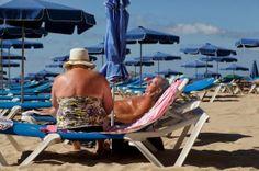 Espanha Bate Recordes E Supera A China Como Terceiro Maior Destino Turístico   O número de pessoas que passam as férias na Espanha cresce 5,6%. O mercado russo experimenta a maior alta anual, com avanço de 31,6%. http://mundoemmanchete.blogspot.com.br/2014/01/espanha-bate-recordes-e-supera-china.html