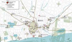 """CALLES Y MURALLAS: """"La creación de nuevos barrios obligó a ampliar el perímetro amurallado, construyéndose en 1260 una nueva muralla desde Sant Pere de les Puel·les hasta las Drassanes (Atarazanas), cara al mar. El nuevo tramo era de 5.100 metros, englobando un área de 1,5 km2. El recinto contaba con ocho nuevas puertas, entre las que se encontraban varios enclaves de relevancia en la actualidad, como el Portal del Ángel, la Portaferrissa o la Boquería."""""""