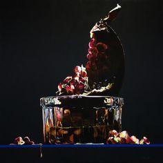 """""""Il succo della Vita"""" - """"Juice of Life"""" acrilico su tela 80x80 cm - acrilic on canvas 31x31"""" © Giulia Riva graphic&art #pomegranate #red #glass #blood #stilllife #shadows #dark #light #acrilic #painting #a"""
