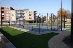 Een sportkooi uit onze Premium-serie, met onze nieuw ontwikkelde vandalisme- en geluidsarme voetbal-basketbalinstallaties. http://www.skwshop.nl/sportkooien/voetbalkooien-premium