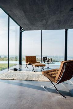 Get the look: Bauhaus interiors – 24 Bauhaus-inspired designs Home Design, Home Interior Design, Interior Architecture, Exterior Design, Bauhaus Interior, Bauhaus Furniture, Bauhaus Style, Bauhaus Design, Milan Furniture