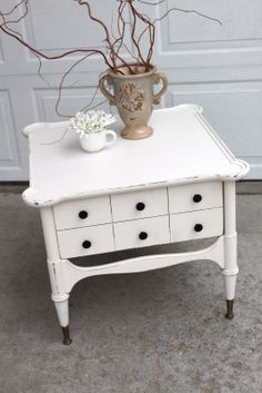 Vintage Shabby Chic Furniture | Shabby Chic End Table