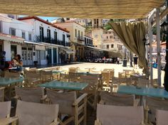 Bandera Cafe & Bar in Hydra Island Greece - places to get breakfast in Hydra, snacks and lunch in Hydra, Satellite TV matches in Hydra