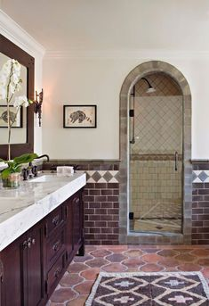Green bathroom: complete guide to decorate this little corner - Home Fashion Trend Tuscan Style Bedrooms, Tuscan Style Homes, Spanish Bathroom, Spanish Style Bathrooms, Spanish Style Decor, Spanish Style Homes, Spanish Revival, Bathroom Trends, Bathroom Interior