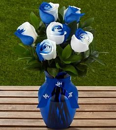 The FTD® US Air Force Academy™ Fightin' Falcons™ Rose Bouquet -6 Stems Where was this for my wedding??