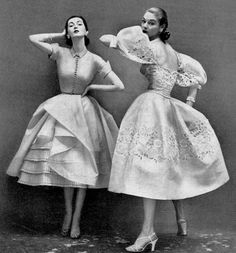 1952 Dovima (l) and Jean Patchett in beautiful summer-night dresses from Bergdorf Goodman, photo by Richard Avedon, Harper's Bazaar