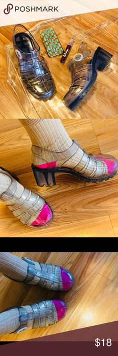 American apparel Jellies 🤗💕 One of my favorite pair of sandals you can match up with different color socks.  You can do different things with these sandals or you can wear them with nothing. In perfect condition American Apparel Shoes Sandals