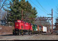 RailPictures.Net Photo: ME 18 Morristown & Erie Railway Alco C424 at Millburn, New Jersey by Robert Pisani