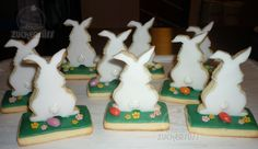 Bunnies cookies (good idea for Easter decoration)