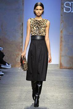 Sportmax RTW Fall 2014 - Slideshow - Runway, Fashion Week, Fashion Shows, Reviews and Fashion Images - WWD.com