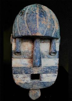 Fine Tribal We Mask Coted ivoire Geometric Sculpture, Wood Sculpture, African Masks, African Art, Blue Mask, Masks Art, Afro Art, African Culture, Ivory Coast