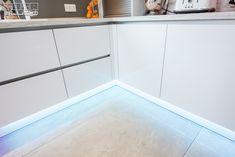 Bath Mat, Tile Floor, Flooring, Rugs, Studio, Home Decor, Houses, Farmhouse Rugs, Decoration Home