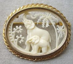 Art Deco French Depose Celluloid Cut Out 2 Elephants Brooch