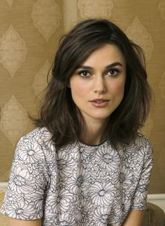 Keira Knightley messy shoulder length bob Fine hair, but plenty of it. Square face shape