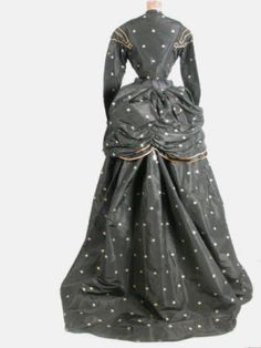 Costume  Date1867 - 1868