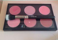 Makeup blush