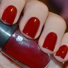 Vampy Red Nails by Jelena S